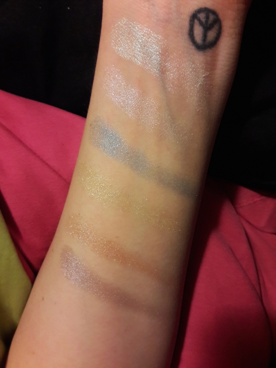 Swatches with no flash
